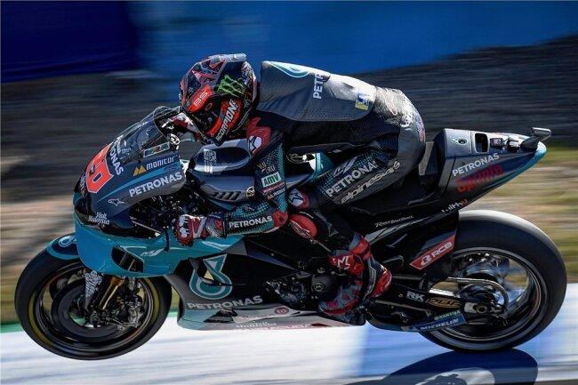 Fabio Quartararo entscheidet nach dem Auftaktsieg auch das zweite Jerez-Rennen vor leeren Rängen für sich.