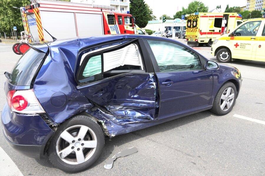 Mehrere Verletzte nach Unfall im Zentrum