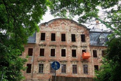 Das Weisbachsche Haus wird aus dem Dornröschenschlaf geweckt. Unter welchem Namen aber soll das geplante Spitzenzentrum Werbung für sich machen? Die Plauener sollen jetzt mitentscheiden.