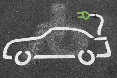 Mit einem Konzept will Zwickau Vorreiter in Sachen E-Autos werden. Doch nicht allen Lokalpolitikern gefielen die Vorschläge.