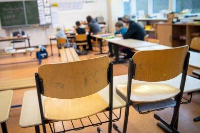 Kleine Schulen mit wenig Kindern sind für viele Eltern ein Traum. Dass sie für Plauen nicht zum Albtraum werden, dafür soll jetzt eine neue Aufteilung des Schulsprengels und damit der Schüler sorgen.
