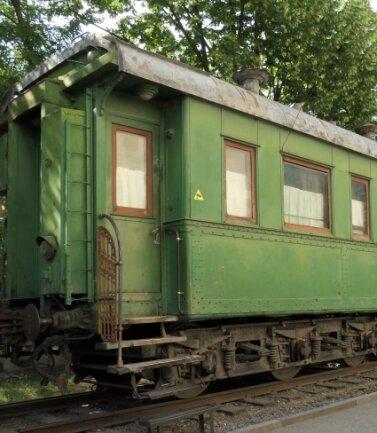 Ein gepanzerter Eisenbahnwaggon - mit ihm soll Josef Stalin 1945 zur Konferenz von Jalta gefahren sein, möglicherweise auch nach Potsdam. Der Waggon steht heute auf einem Abstellgleis in Georgien.