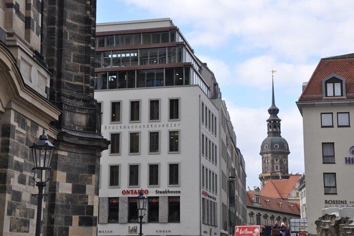 Im Schatten der Frauenkirche: Der Salon von Brockmann und Knödler im Dresdner Stadtzentrum.