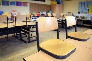 Ausfälle wegen Krankheit oder Quarantäne lassen sich kaum ausgleichen. Auf das Problem machten Schulleiter am Mittwoch den Kultus-Staatssekretär aufmerksam.
