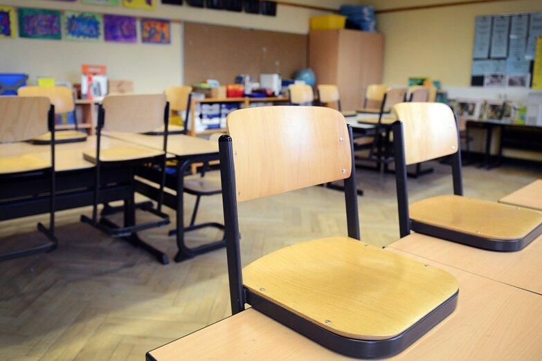 Im Vogtlandkreis werden ab Mittwoch die Schulen im Wechselunterricht wieder geöffnet. Davon geht das Landesamt für Schule und Bildung (Lasub) aus.