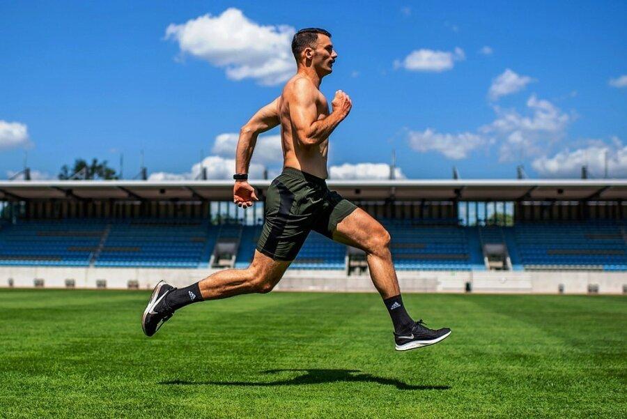 Axel Jungk beim Training im Dresdner Heinz-Steyer-Stadion.