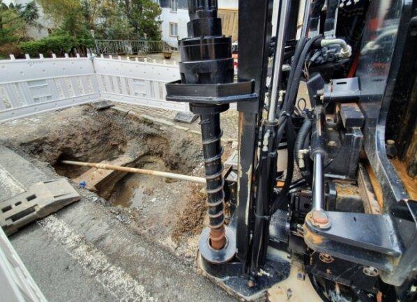 Mithilfe des sogenannten Spülbohrverfahrens werden die Leitungen verlegt, die schnellen Zugang zum Internet ermöglichen.