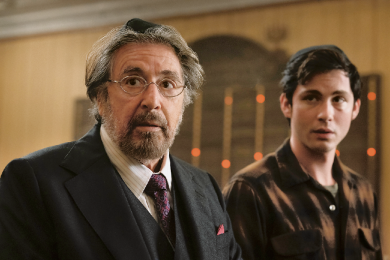 "Hollywood-Legende Al Pacino (links) und Jungstar Logan Lerman als jüdische Nazijäger in der Serie ""Hunters""."