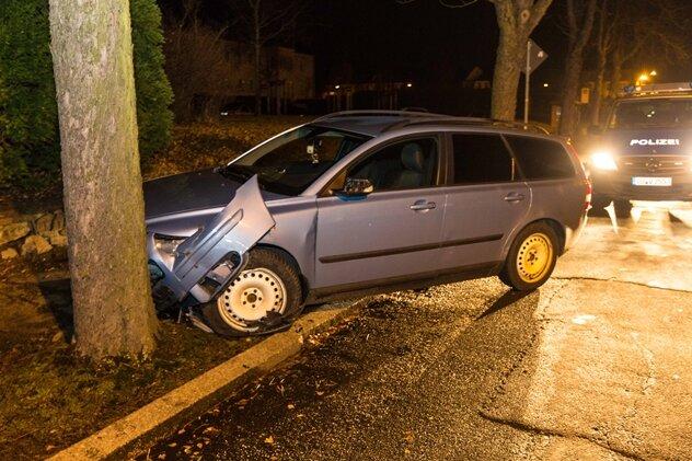 Verkehrsunfall mit Fahrerflucht in Freiberg