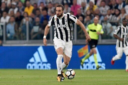 Gonzalo Higuain steht vor einem Wechsel zum AC Mailand