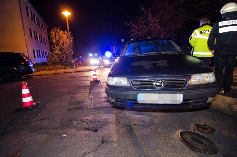 Freiberg: Opel erfasst Fußgängerin bei Wendemanöver