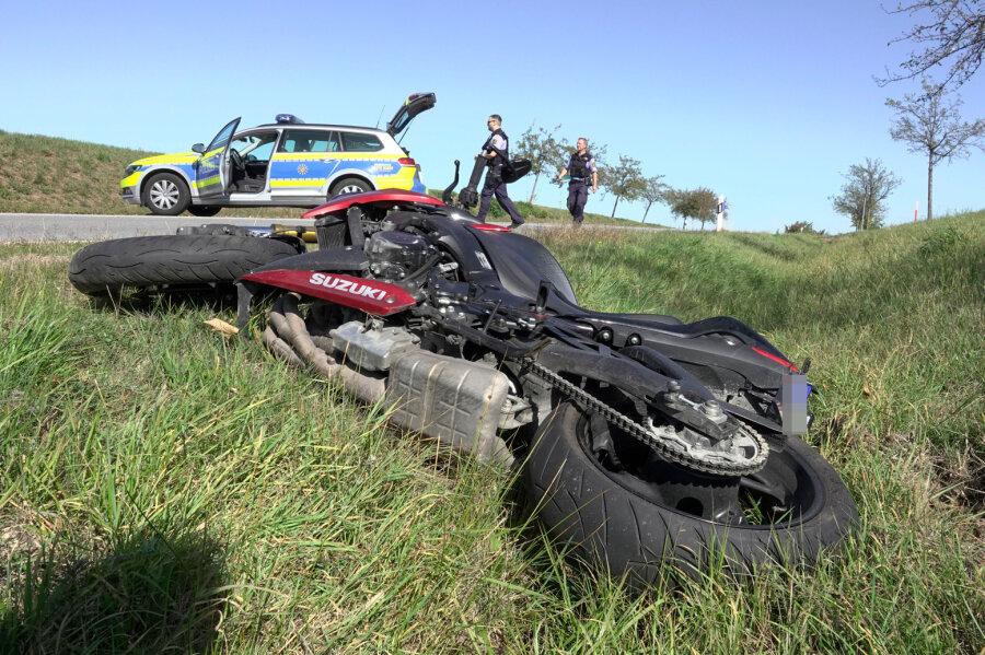 Motorradfahrer stirbt bei Unfall in Mittelsachsen