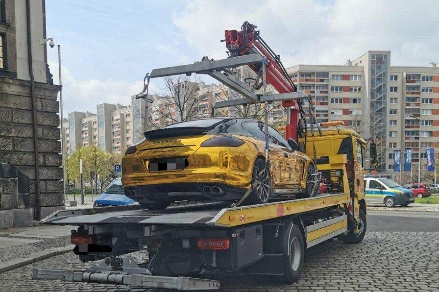 Abgeschleppter Gold-Porsche in Dresden: Wie stark darf ein Auto auf deutschen Straßen glänzen?