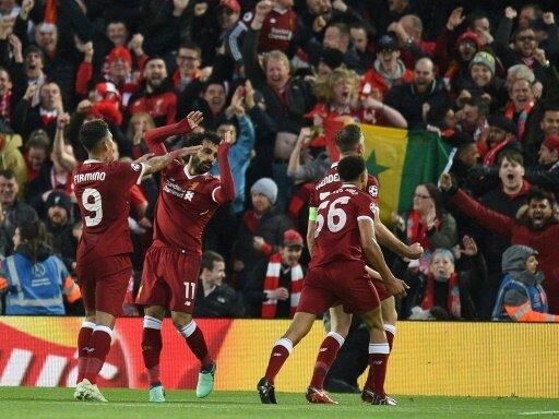 Liverpool feiert nach dem 5:2-Sieg im Hinspiel