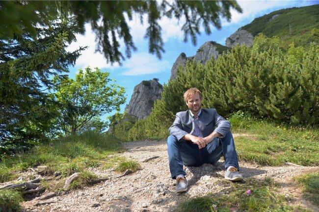 """""""Wir brauchen keine Disneysierung der Alpen!"""" Daniel Weickel, Tourismuschef im Zwei-Seen-Land, auf dem Herzogstand."""