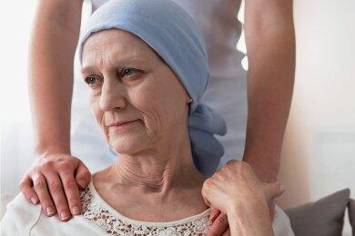 Diagnose Brustkrebs - und nach 78 Wochen zahlt die Krankenkasse nicht mehr.