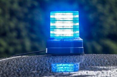 Am Dienstagvormittag landete ein Hyundai auf der A 72 auf dem Dach. Der Fahrer wurde leicht verletzt.