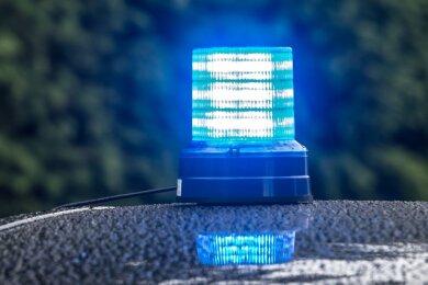 Rund 250 Meter Kupferkabel ließen unbekannte Täter in der Nacht zum Sonntag vom Betriebsgelände einer Firma in Heinsdorfergrund mitgehen.