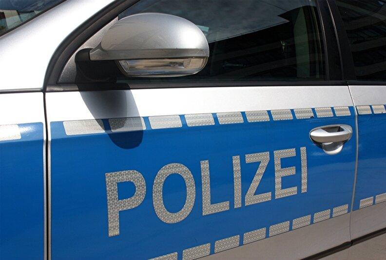 Polizeischutz für Impftermin an Schneeberger Schulzentrum