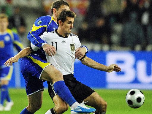 Miroslav Klose erzielte gegen Kasachstan das Führungstor