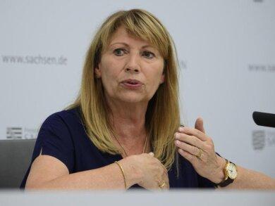 Petra Köpping (SPD), Gesundheitsministerin von Sachsen, spricht.