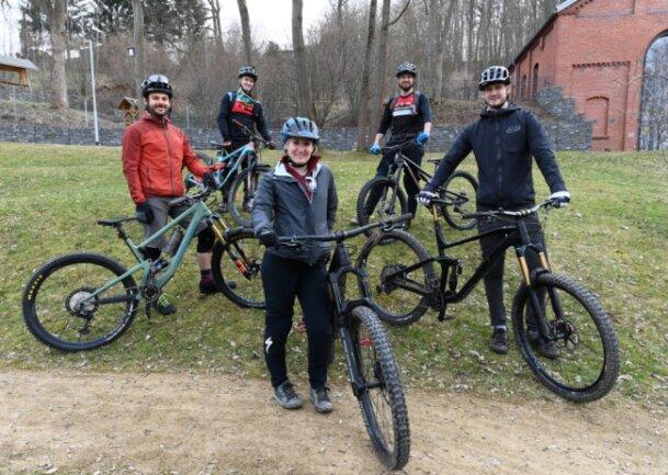 Sebastian Schornbaum, Julien Pohl, Marie-Sophie Seckel, Konrad Förster und Benjamin Böttcher (von links) gehören dem neugegründeten Radsportverein MTB Reichenbach an.