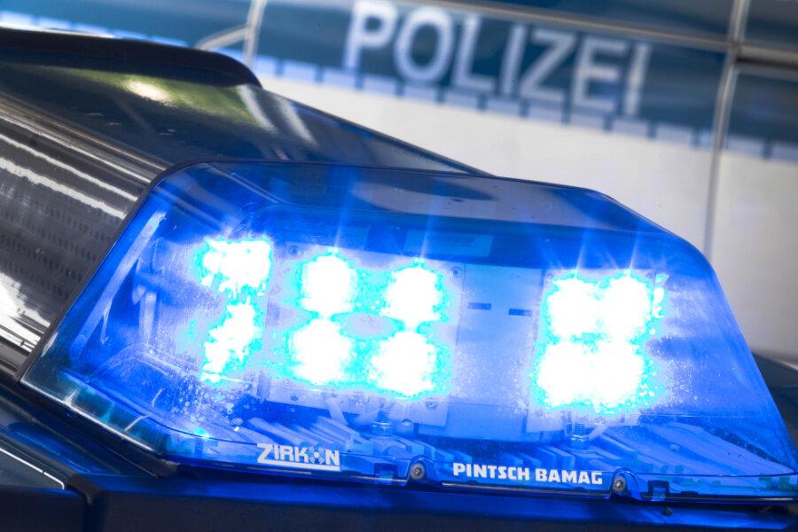 Polizei löst illegale Technoparty in Freiberg auf