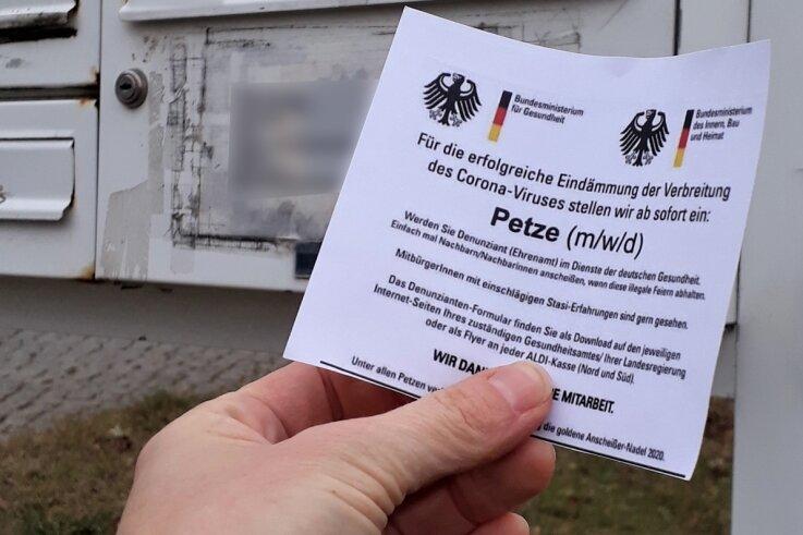 """Diese angebliche Stellenanzeige für eine """"Petze"""" ist unter anderem im Briefkasten des Rathauses von Johanngeorgenstadt aufgetaucht."""