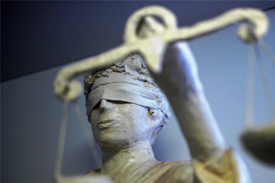 Mit einem Freispruch endete am Donnerstag eine Verhandlung vor dem Auerbacher Amtsgericht. Foto: Peter Steffen/dpa