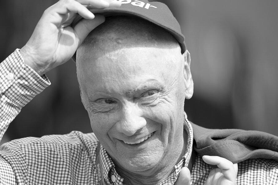 Der frühere österreichische Formel-1-Fahrer Niki Lauda. Der dreimalige Formel-1-Weltmeister Niki Lauda ist tot. Der Österreicher starb am Montag im Alter von 70 Jahren.