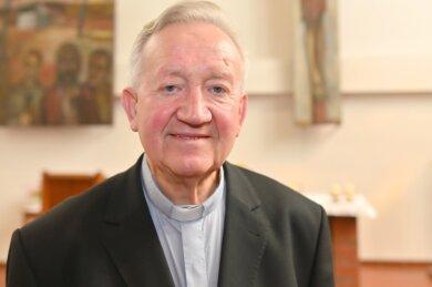 Joachim Scholz kann auf fünf Jahrzehnte Dienst als katholischer Priester zurückschauen.