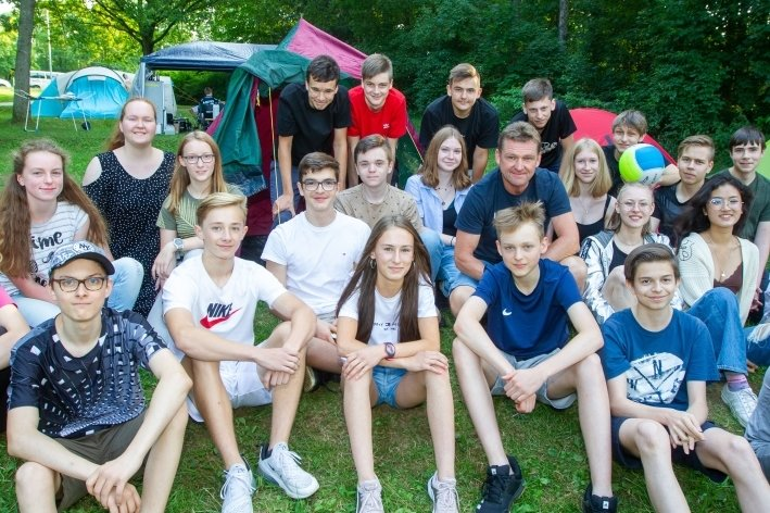 Zeugnisausgabe im Pöhl-Camp