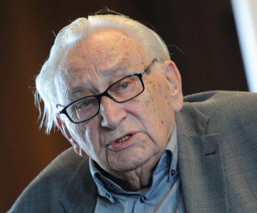 Egon Bahr ist im Alter von 93 Jahren gestorben.