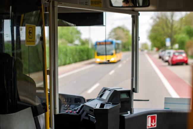 Mehr Schutz für Fahrer und Fahrgast: Nach und nach stattet die CVAG ihre Busse mit solchen Schutzscheiben aus.