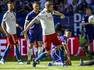 Hamburgs Aaron Hunt trifft zum 4:0.
