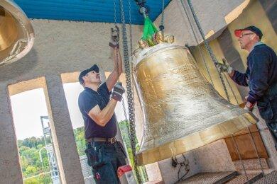 Die Weihe der Glocken soll am 8. November stattfinden. Wie genau, istderzeit noch nicht klar. Der Pfarrer hofft auf ein Hygienekonzept, mit dem viele Falkenauer bei der Feier dabei sein können.