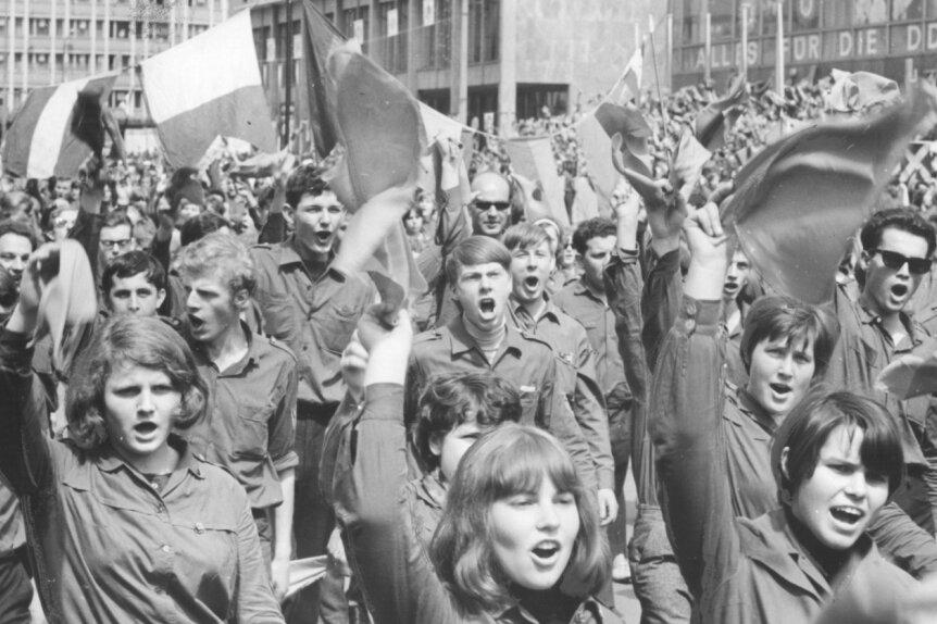 Das Pfingsttreffen der Freien Deutschen Jugend 1967 in Karl-Marx-Stadt ist Thema eines der Filme auf einer DVD.