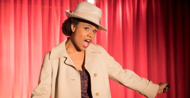"""Anna Bineta Diouf überzeugt in """"Heute Abend: Lola Blau"""" auch auf der großen Bühne."""