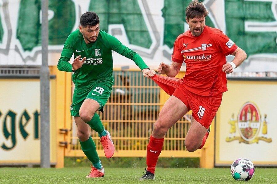 War schon beim 1:0-Sieg im Sachsenpokal-Viertelfinale bei Chemie Leipzig schwer zu halten: Ronny König (rechts).