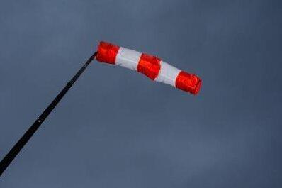 Wetterdienst warnt vor Orkanböen im Erzgebirge