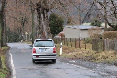 Auf die Sanierung des letzten Abschnitts der Schellenberger Straße müssen die Hohenfichtener weiter warten.