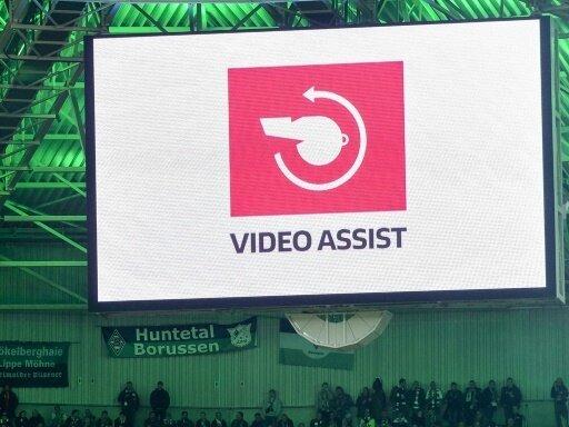 Der Videobeweis soll künftig transparenter werden