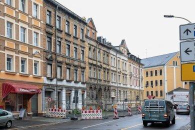 Die Sperrung an der Schlachthofstraße in Glauchau führt zu Parkproblemen für die Anwohner.
