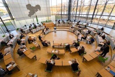 Am Donnerstagabend verabschiedete der Sächsische Landtag den Doppelhaushalt 2021/22 mit einem Gesamtumfang von 43,18 Milliarden Euro.