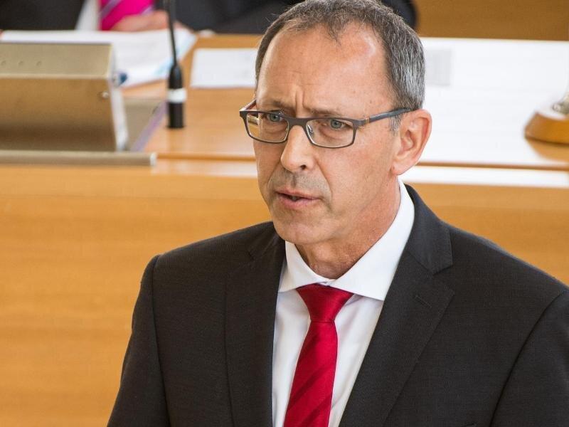 Jörg Urban, Vorsitzender der AfD Sachsen, spricht bei der Sitzung des Sächsischen Landtags.