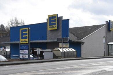 Der bestehende Edeka-Markt der Generationen an der Elsterstraße 51 in Adorf.