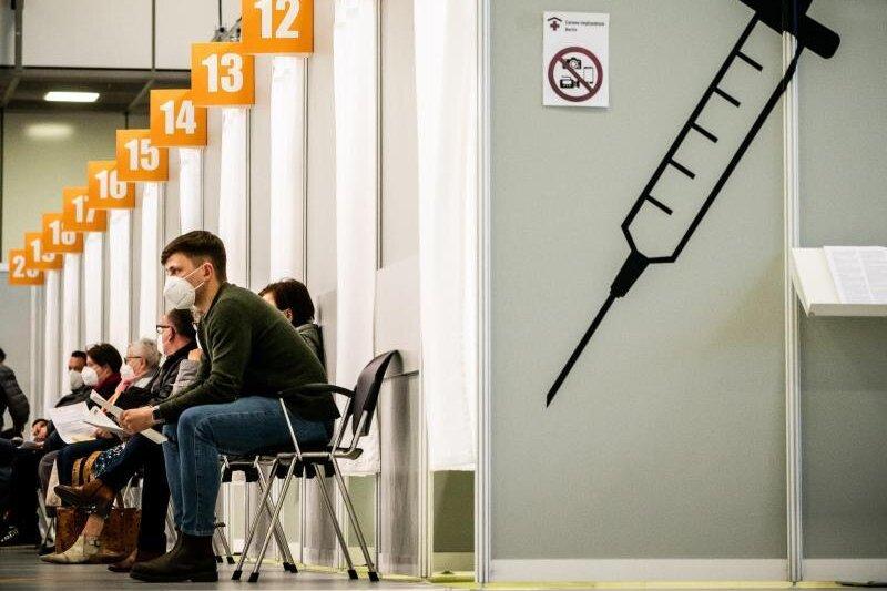 Landesregierung und Verbände werben eindringlich fürs Impfen