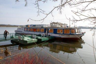 Die Fahrgastschiffe sind fast einsatzbereit - doch noch dürfen sie nur ohne Gäste ablegen.