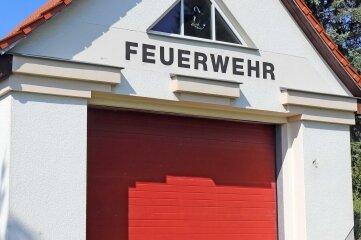 Das ehemalige Feuerwehrgerätehaus könnte ein Vereinshaus in Halsbach werden.