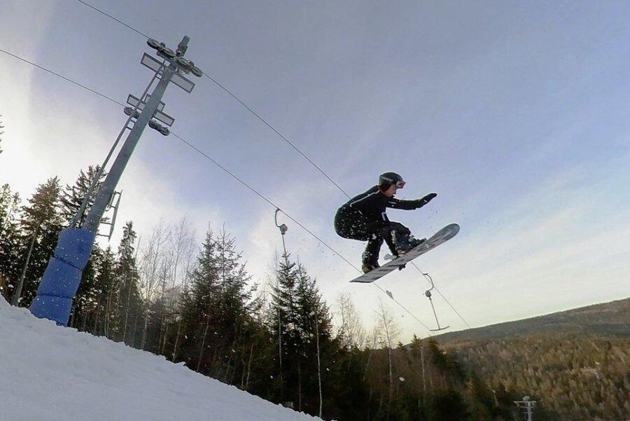 Große Sprünge sollen im Winter im Skigebiet an den Erlbacher Kegelbergen möglich sein.